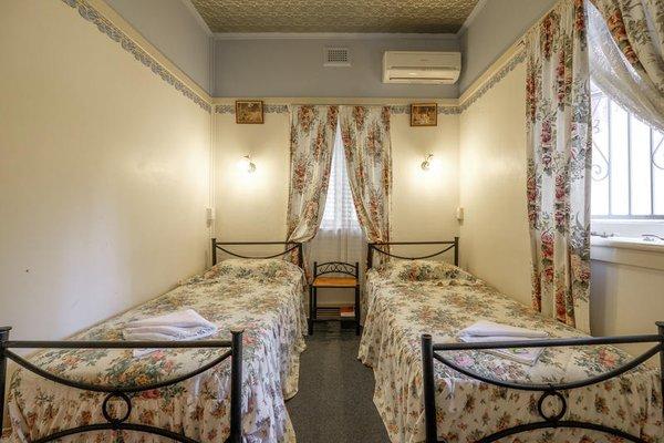 Annie's Shandon Inn - фото 4