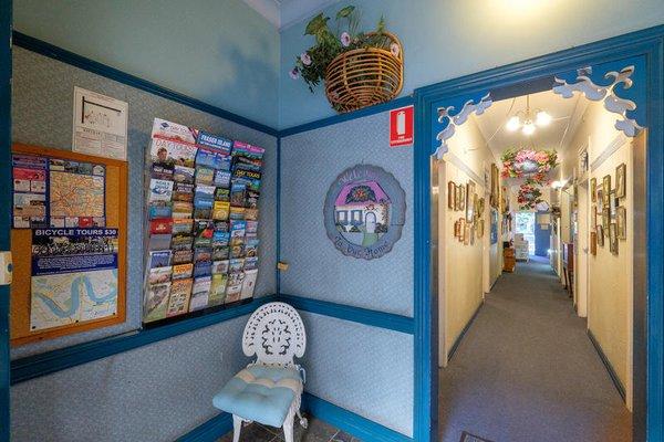 Annie's Shandon Inn - фото 7