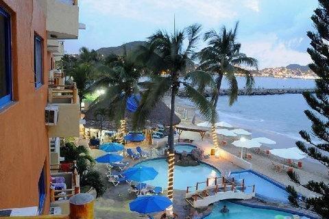 Marina Puerto Dorado Suite Resort - Все включено, Мансанильо