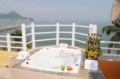Marina Puerto Dorado Suite Resort - Все включено - фото 10