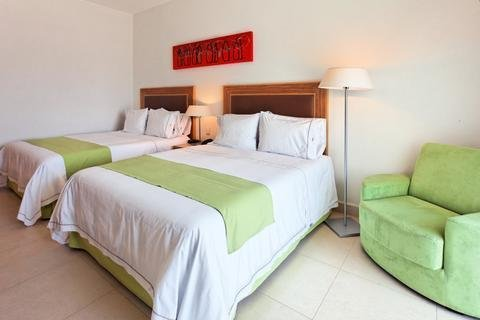 Holiday Inn Express Manzanillo - фото 1
