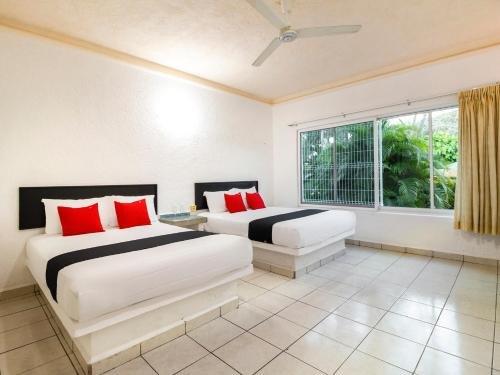 Hotel Parotas - фото 2