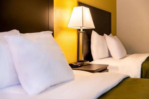 Photo of Quality Inn at Arlington Highlands