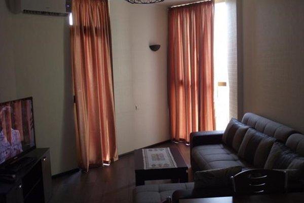 Modern Grey Apartment - фото 13