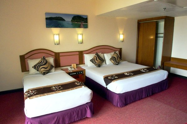 Hotel Grand Continental Langkawi - фото 2