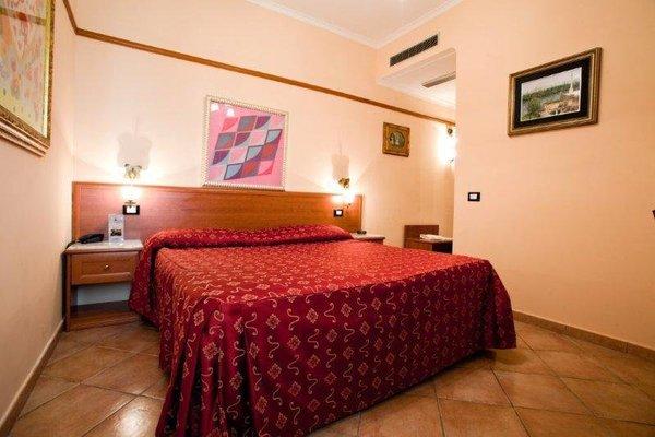 Hermitage Capua Hotel - фото 3