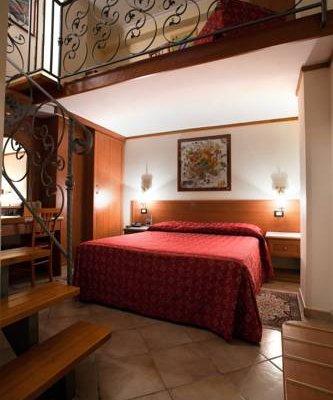 Hermitage Capua Hotel - фото 6