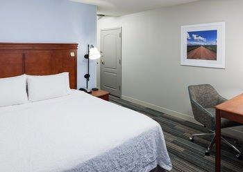 Photo of Hampton Inn & Suites Cedar Rapids