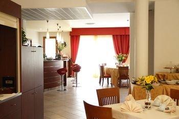 Hotel Canova - фото 9