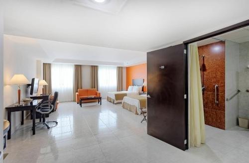 Holiday Inn Campeche - фото 3