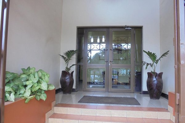 Nairobi Transit Hotel - фото 15