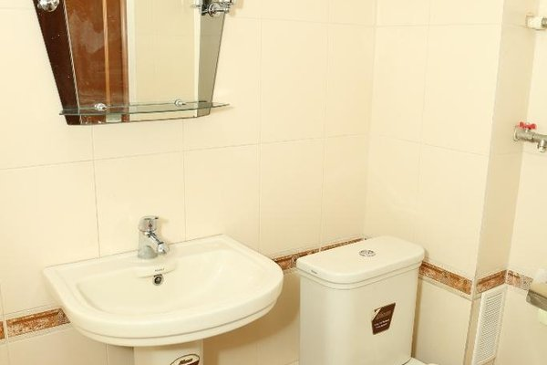 Spacious Apartment with Convenient Location - фото 11