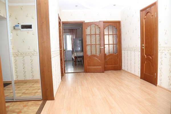 Spacious Apartment with Convenient Location - фото 15