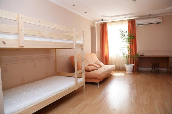 Spacious Apartment with Convenient Location - фото 4