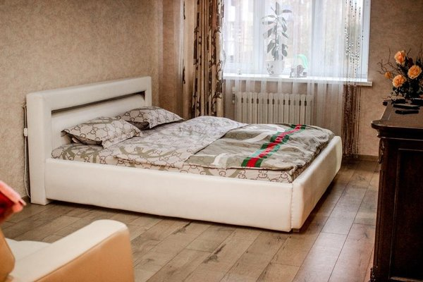 Apartment on Druzhby - фото 3