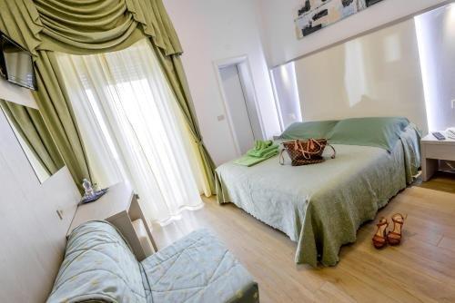 Hotel Corinna - фото 2