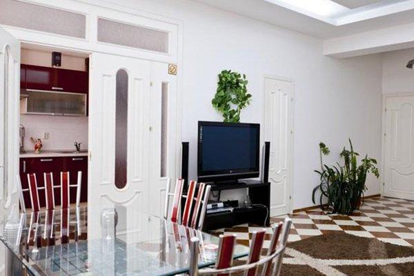 RentService Апартаменты на бульваре Штефана чел Маре - фото 50