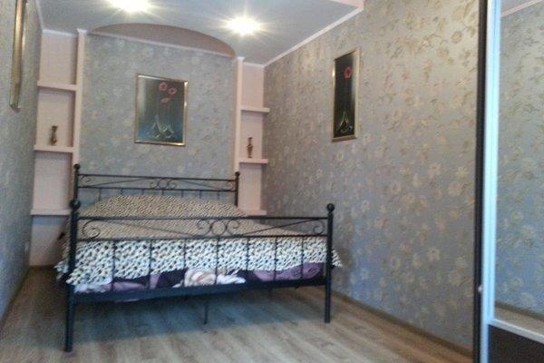 Apartment on Ploshad Pobedy - фото 2