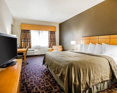 Photo of Quality Inn & Suites Des Moines Airport