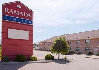 Ramada Limited South Windsor Hotel - фото 22