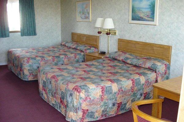 Towne & Country Motel - фото 2