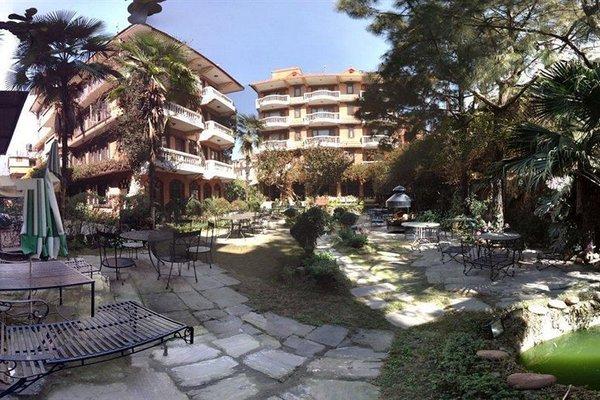 Nirvana Garden Hotel - фото 22