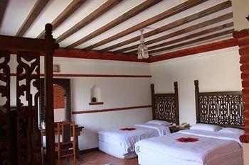 Hotel Manaslu - фото 4