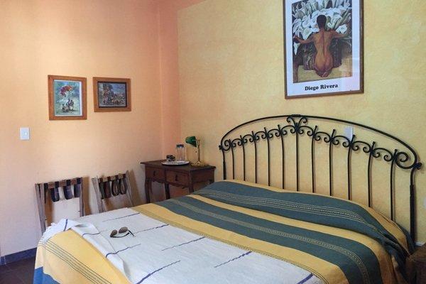 Casa Zuniga Bed And Breakfast - фото 0