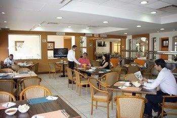 HOTEL SICOMORO - фото 11