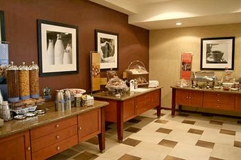 Hampton Inn by Hilton Ciudad Victoria - фото 10