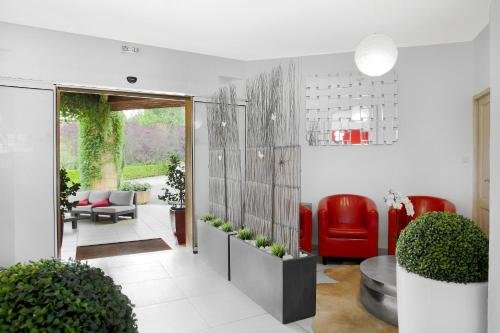 Hotel Le Clos Roussillon - фото 5