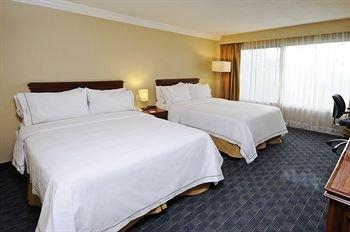 Holiday Inn Express Toluca - фото 2