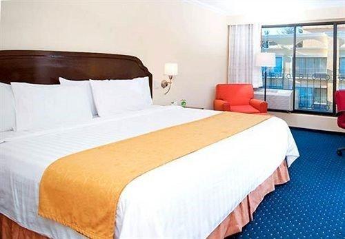 Courtyard Toluca Airport - фото 50