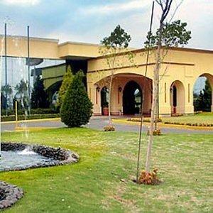 Courtyard Toluca Airport - фото 19