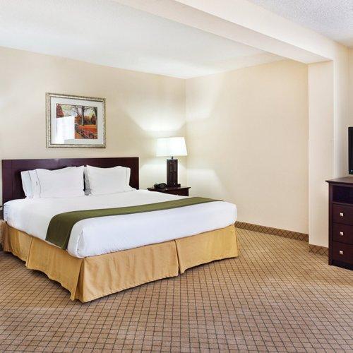 Photo of Holiday Inn Express Wilkesboro
