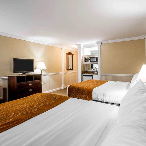 Photo of Comfort Inn & Suites Plattsburgh - Morrisonville