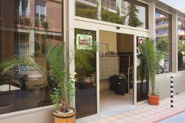 Hotel Elena Palace - фото 9