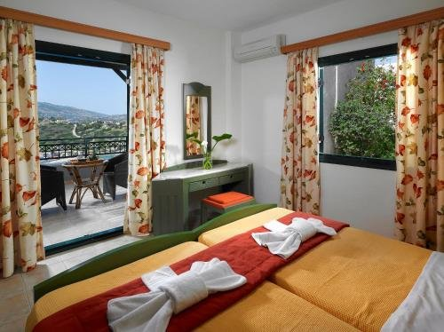 Erivolos Studios & Apartments - фото 1