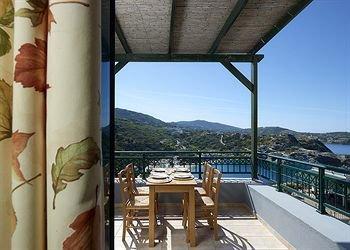 Erivolos Studios & Apartments - фото 13