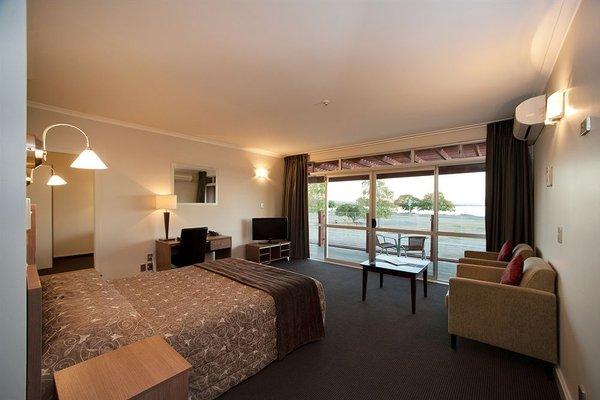 Suncourt Hotel & Conference Centre - фото 18