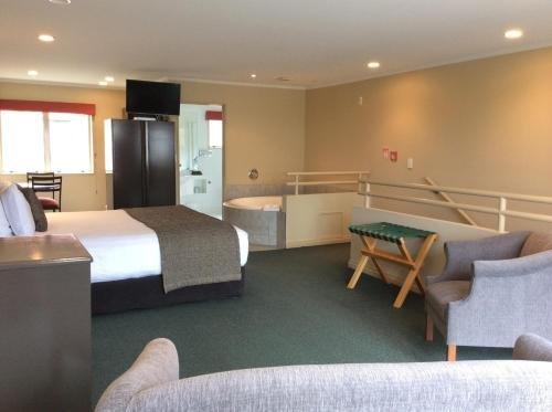 Cornwall Motor Lodge - фото 3