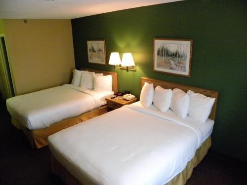 Photo of New Victorian Inn & Suites Kearney