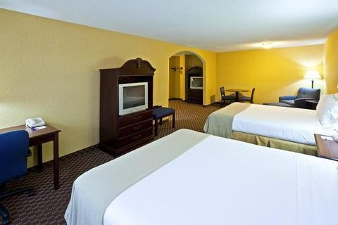 Photo of Holiday Inn Express Hotel & Suites Frankfort, an IHG Hotel