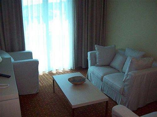 Hotel San - фото 9