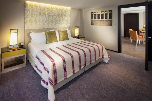 Jumeirah Beach Hotel - фото 2