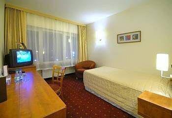 Qubus Hotel Walbrzych, Валбжих