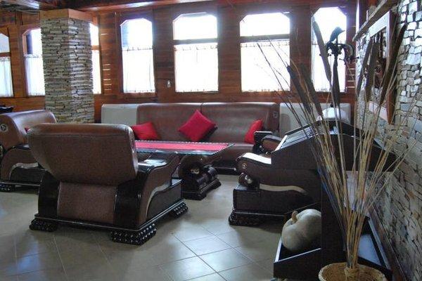 Гостиница «Kamelia 2», Shkallnur