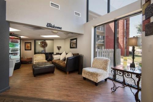 Photo of Markham House Suites Little Rock Medical Center