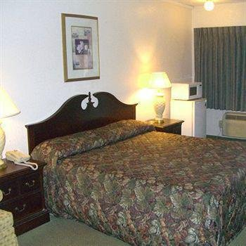 Midtown Motel Newport News, Ньюпорт-Ньюс