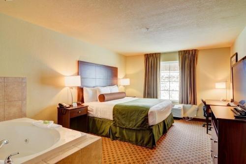 Photo of Cobblestone Hotel & Suites - Punxsutawney
